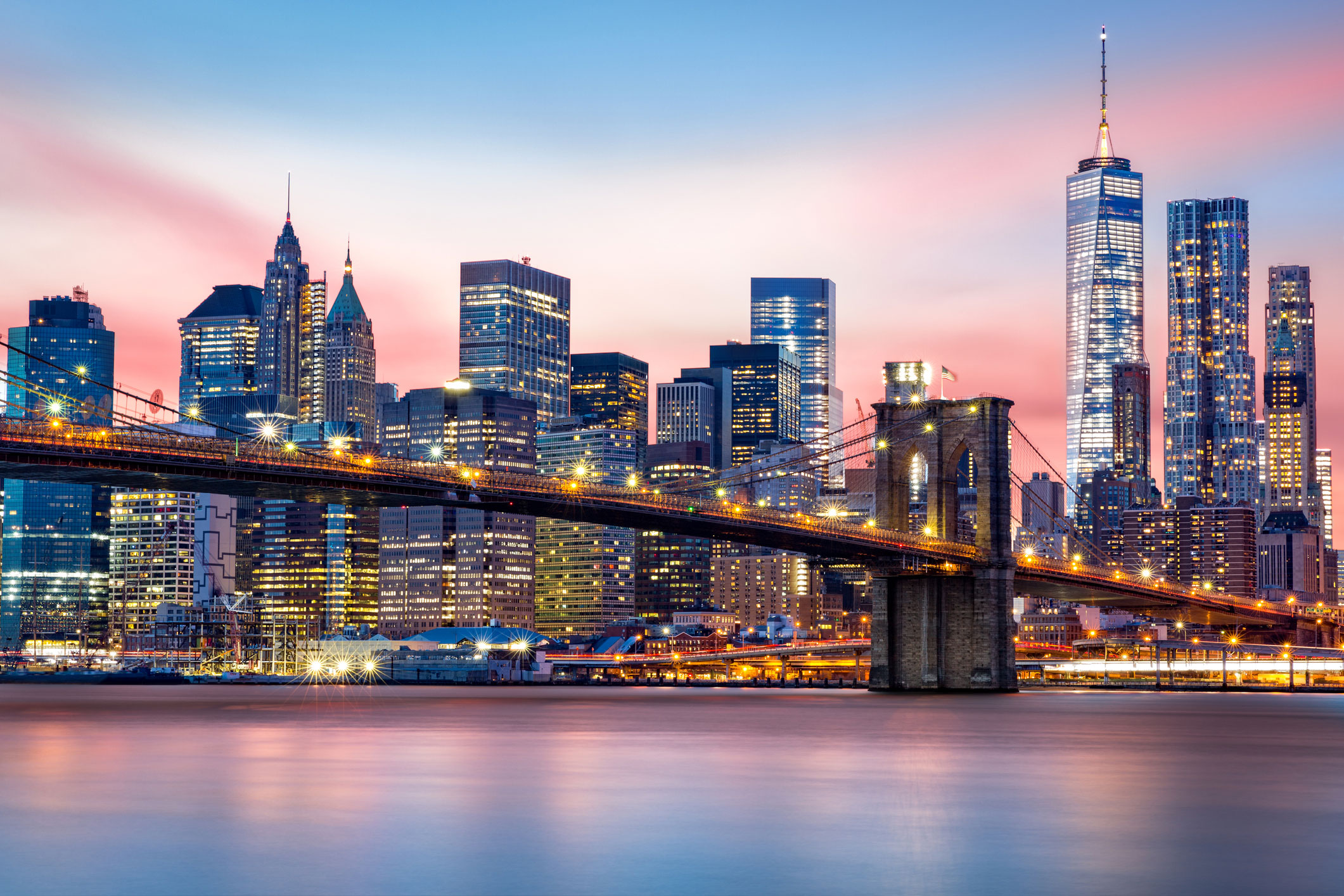 Lower-Manhattan-skyline-at-dusk