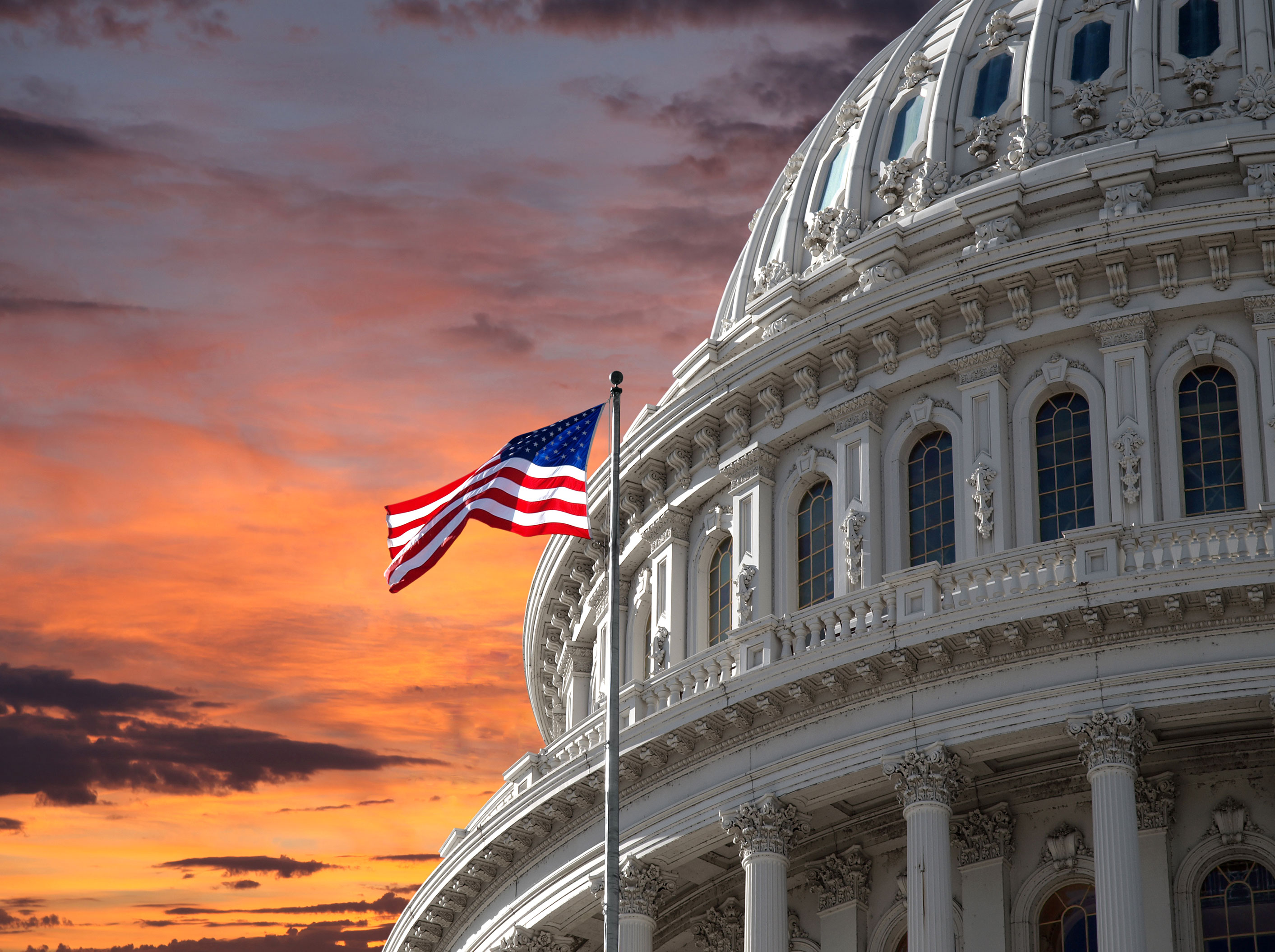 Sunset-Sky-over-US-Capitol-Building