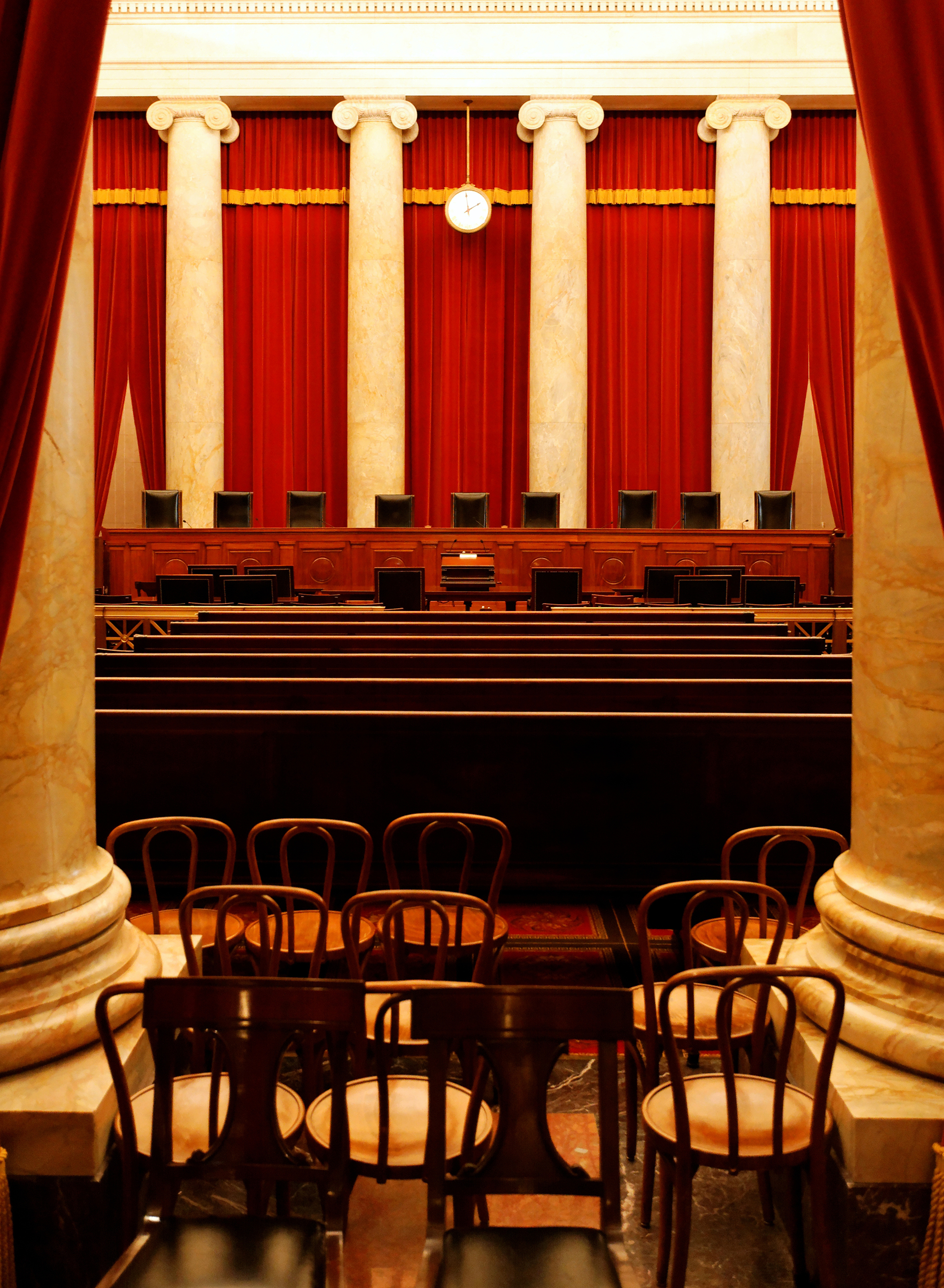 A-shot-of-the-Supreme-Court-of-the-United-States-of-America