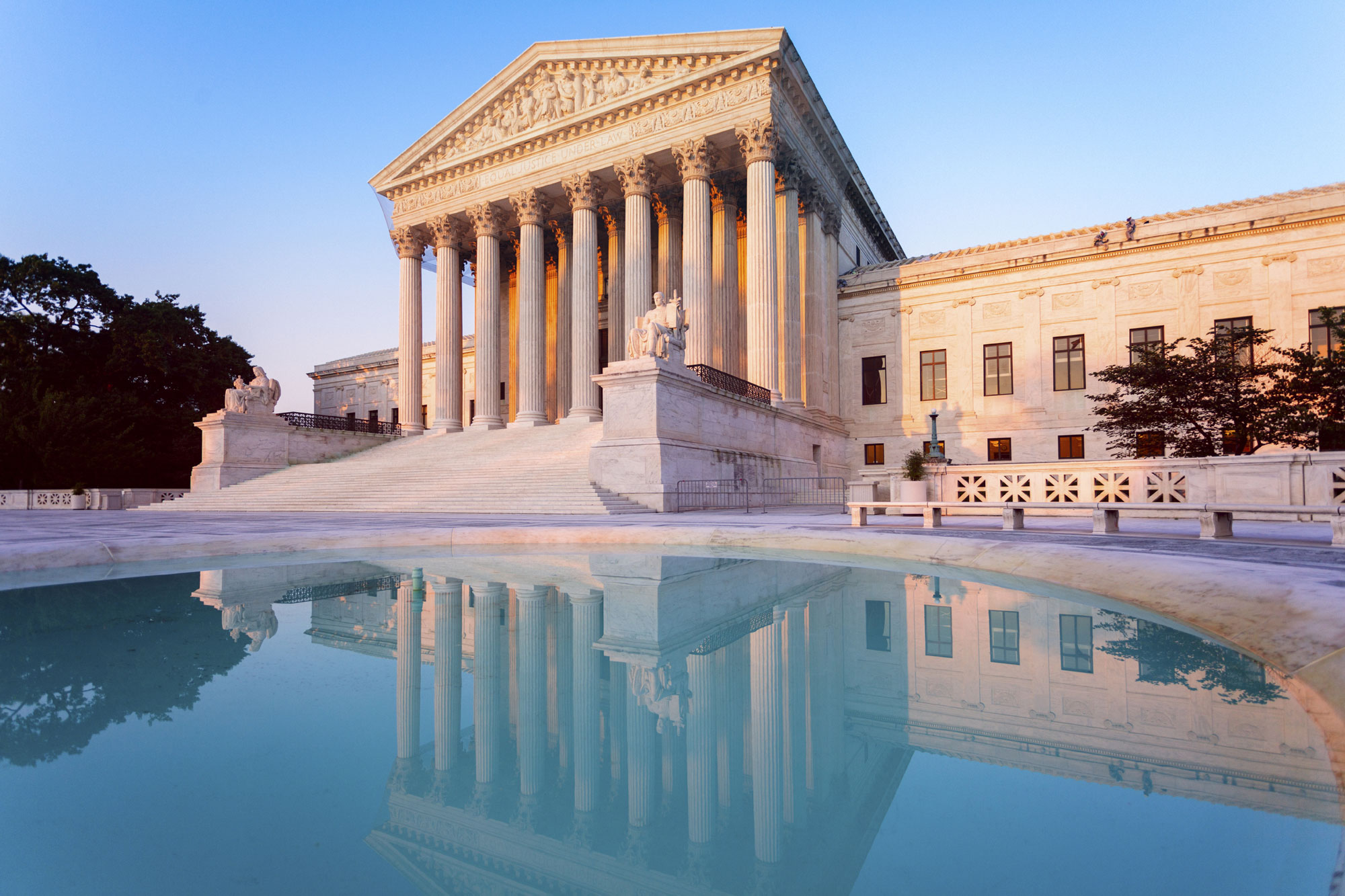 US-Supreme-Court-and-Reflecting-Pool